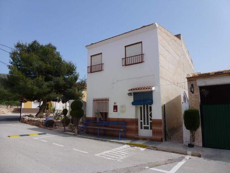 Townhouse for sale in Barbarroja, Alicante