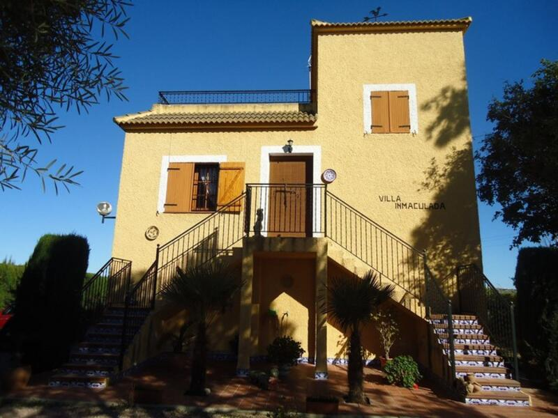 Country House for sale in Daya Nueva, Alicante