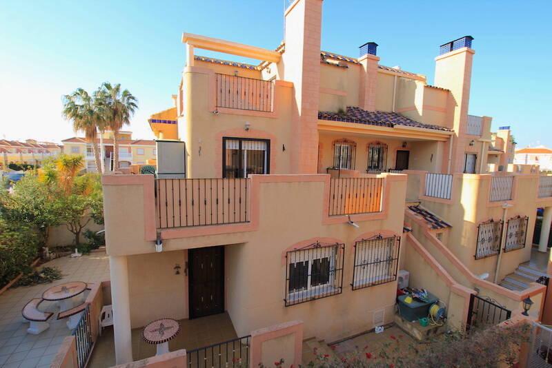 Apartment for sale in La Zenia, Alicante