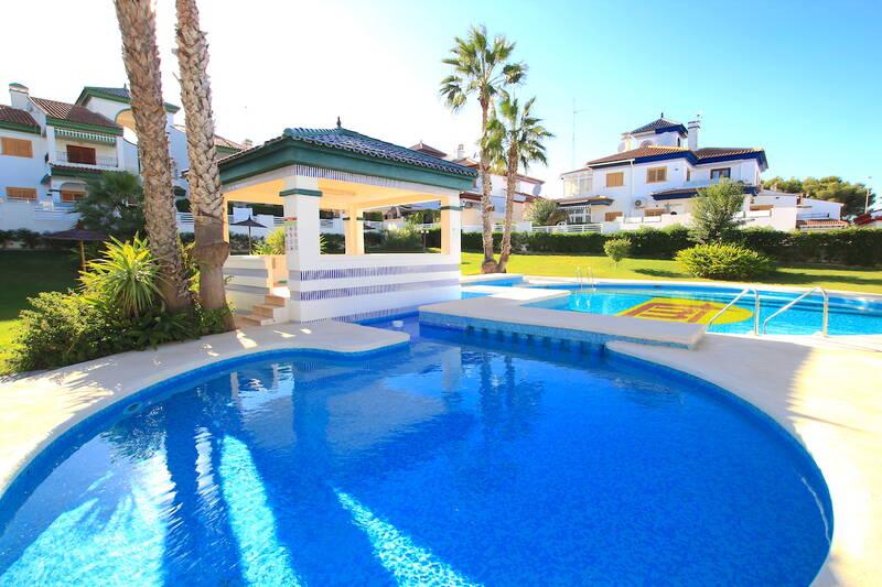 Apartment for sale in Mil Palmeras, Alicante