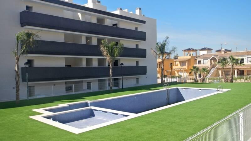Apartment for sale in Villamartin, Alicante