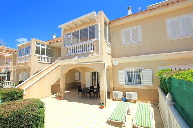 Apartment for sale in Playa Flamenca, Alicante