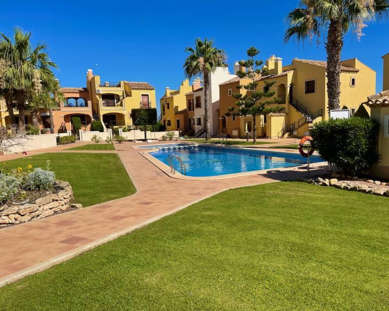 Apartment for sale in Algorfa, Alicante