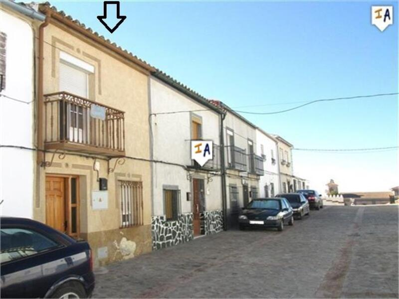 Townhouse for sale in Martos, Jaén