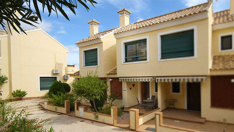 Townhouse for sale in Campoamor, Alicante