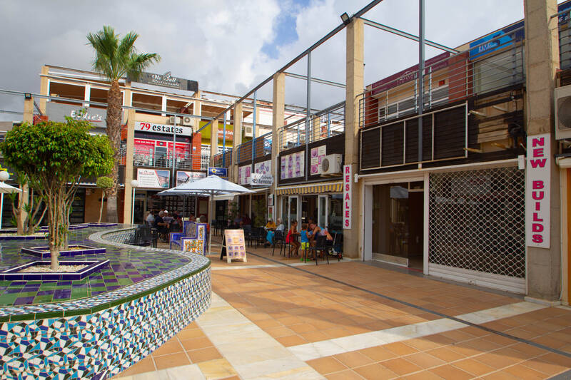 Commercial Property for Long Term Rent in Los Dolses, Alicante