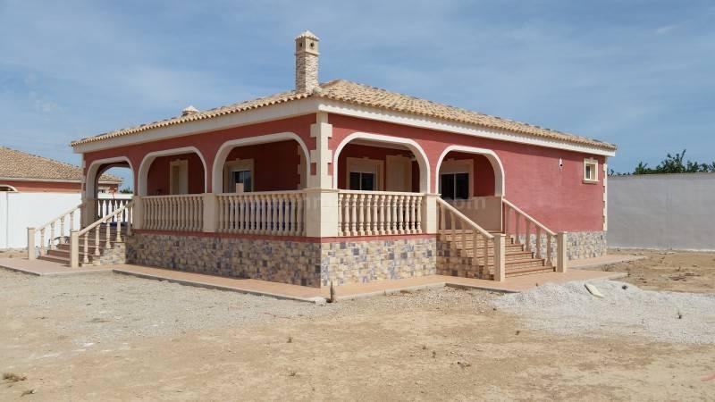 Villa for sale in Benejuzar, Alicante