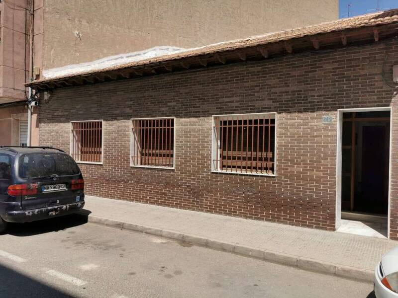 Country House for sale in Almoradí, Alicante