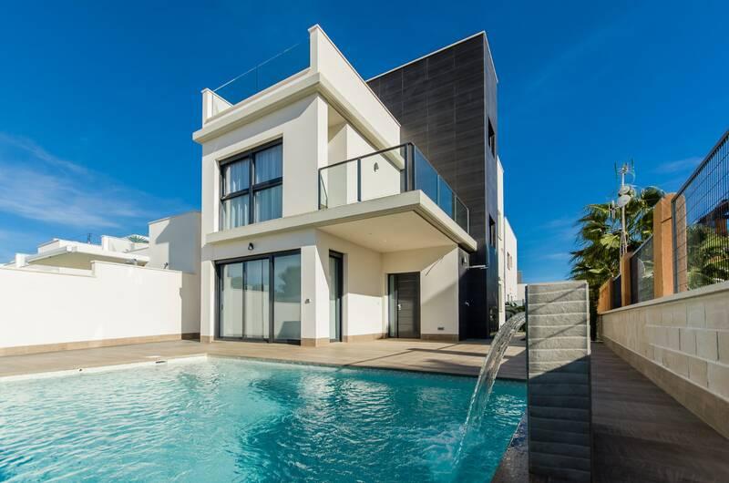 Villa for sale in San Miguel de Salinas, Alicante