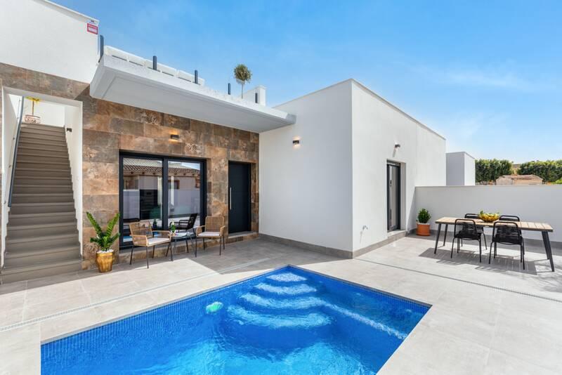 Villa for sale in Rojales, Alicante