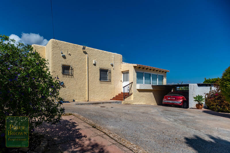 Villa for Long Term Rent in Mojácar, Almería