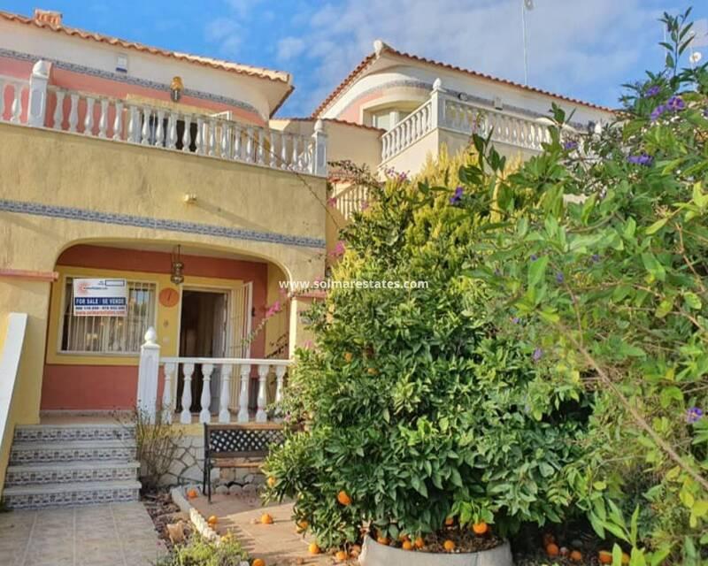 Townhouse for sale in Pinar de Campoverde, Alicante