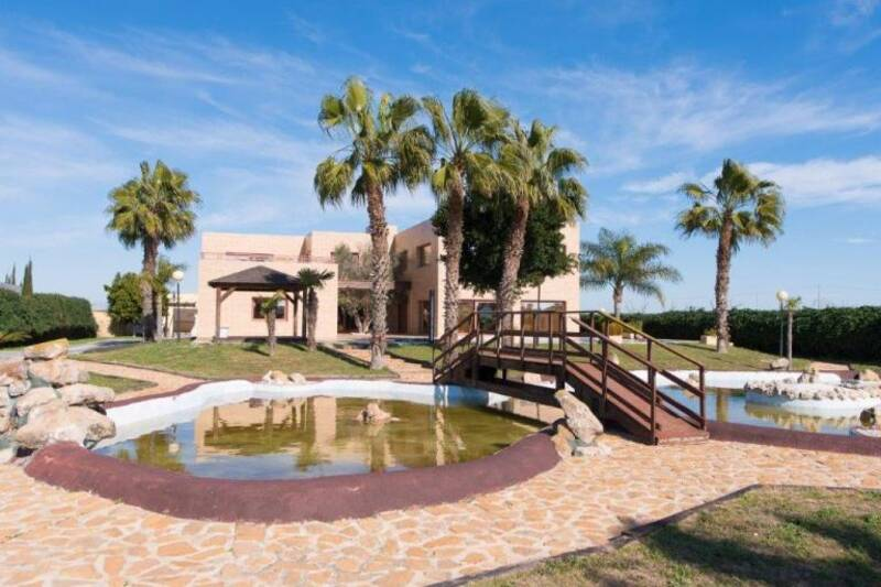 Country House for sale in Daya Vieja, Alicante
